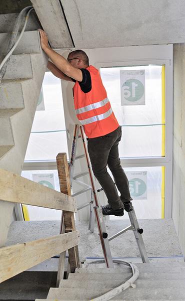 echelle pour escalier permettant une multitude de possibilit 233 d ajustement des pieds