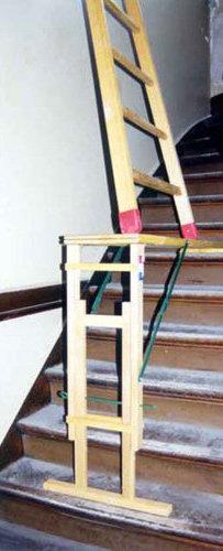 taquet d 39 chelle ou d 39 escalier pour travailler dans le confort. Black Bedroom Furniture Sets. Home Design Ideas