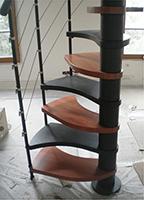 bas de l'escalier japonais