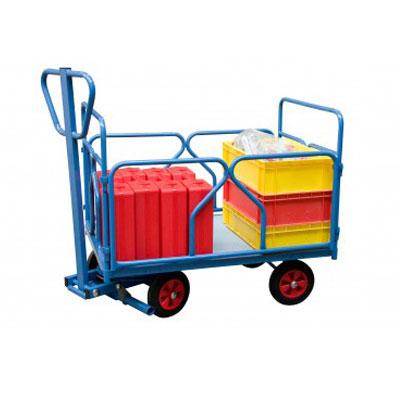 Chariot pivotant avec dossiers et ridelles en tubes