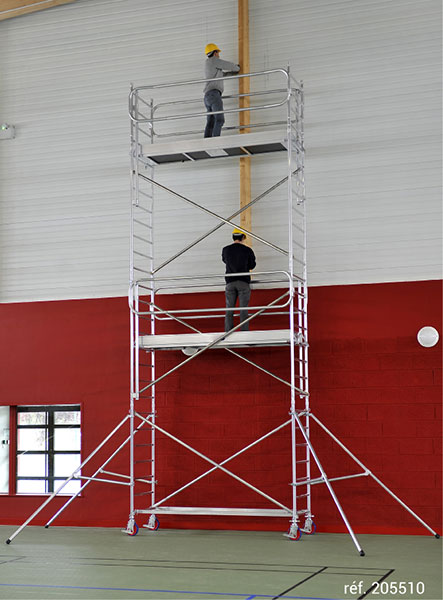 echafaudage roulant docker EXM 85 266 chantier