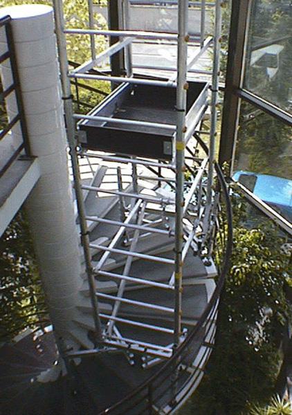 monter echafaudage escalier
