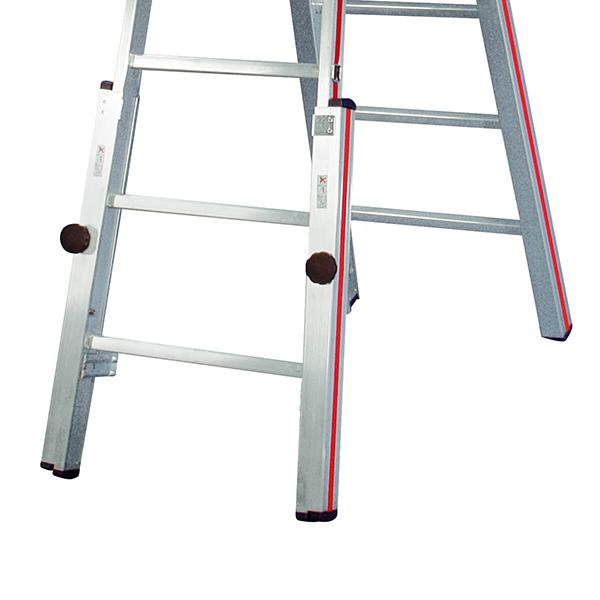 echelle pour escalier permettant une multitude de possibilit d 39 ajustement des pieds. Black Bedroom Furniture Sets. Home Design Ideas