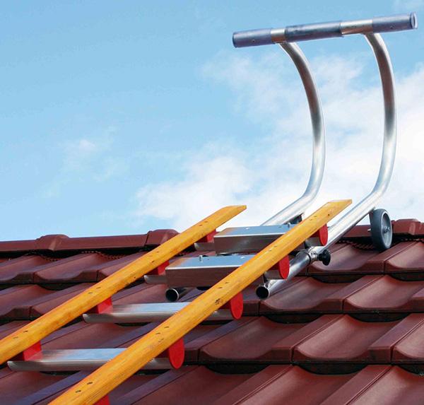 Echelle de toiture en bois avec barreaux aluminium ultra - Fabriquer une echelle en bois ...