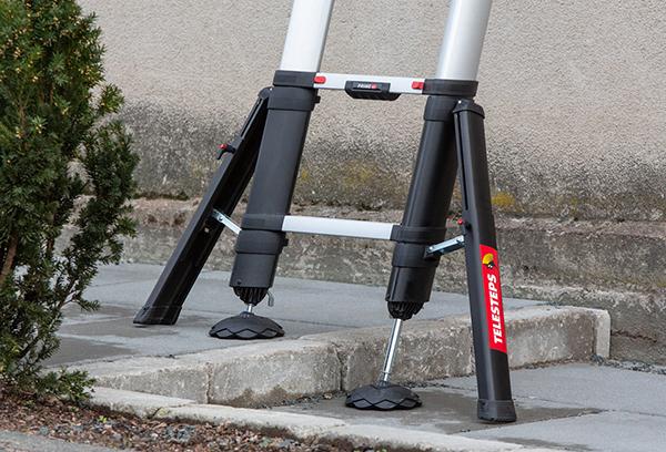 echelle telescopique pieds situation