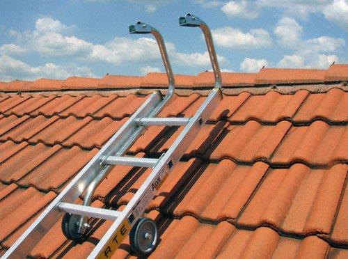 vente d 39 chelle de toit pour r nover votre toiture. Black Bedroom Furniture Sets. Home Design Ideas