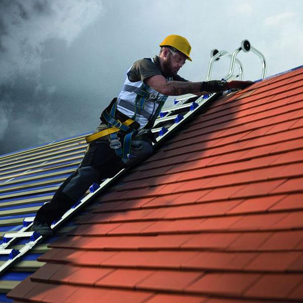 echelle toit tubesca