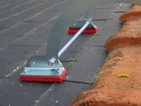 Crochets d'échelle de toit en bois