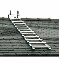 échelle de toit posée