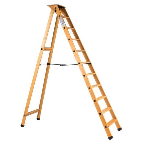 escabeau bois simple plusieurs marches