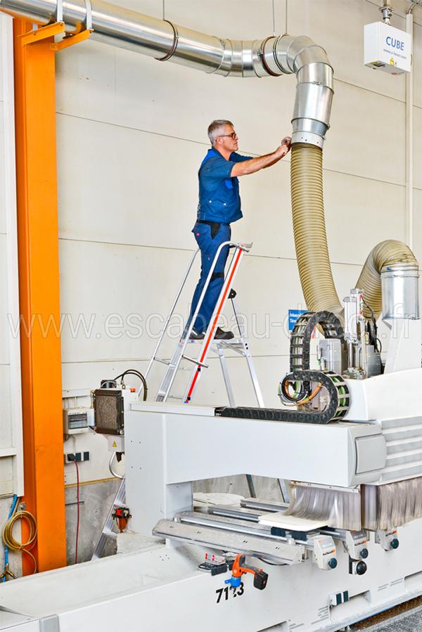 escabeau maintenance 8081