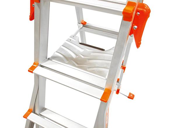 escabeau pour escalier t lescopique r glable en 4 positions. Black Bedroom Furniture Sets. Home Design Ideas