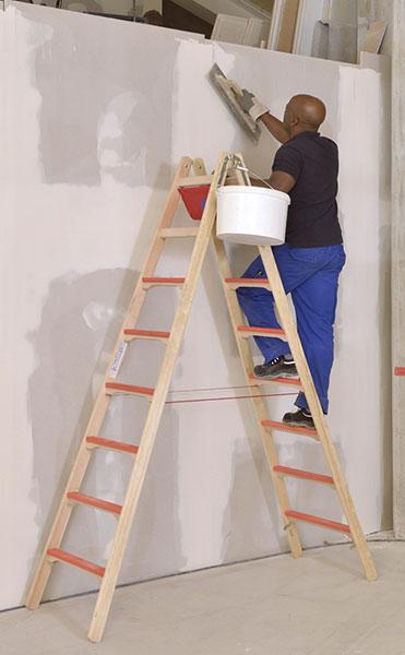 escabeau bois de peintres ou artisans. Black Bedroom Furniture Sets. Home Design Ideas