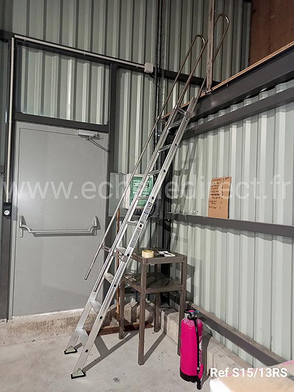 echelle mezzanine S15 13RS