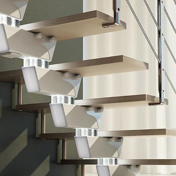 eclairage escalier tournant knock mainimal