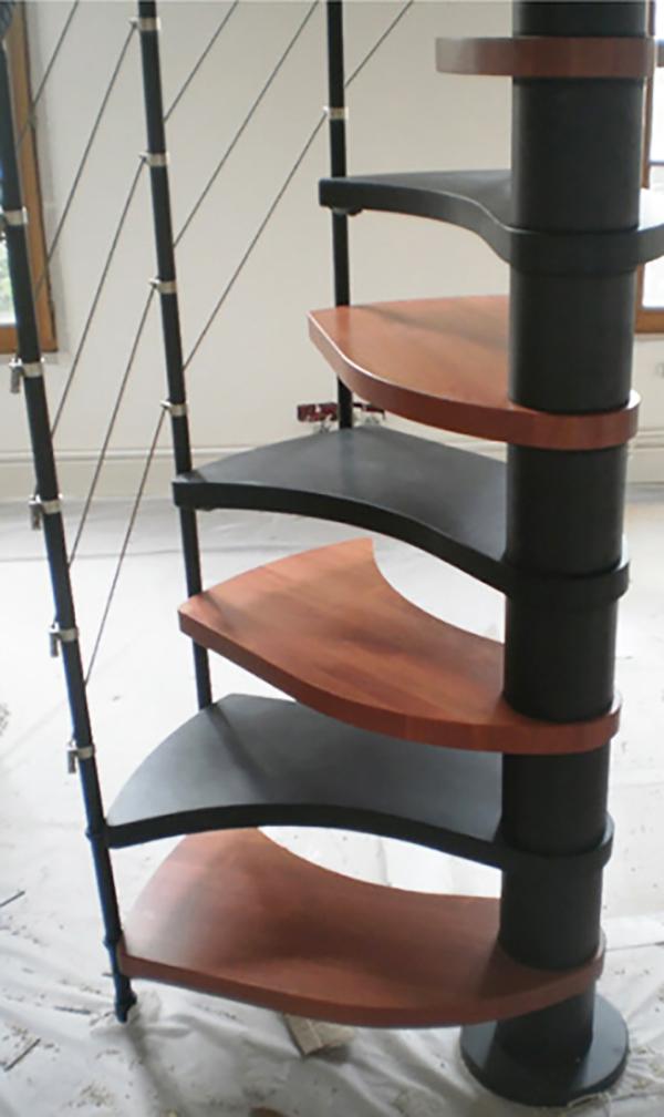 escalier colimacon tio bicolore