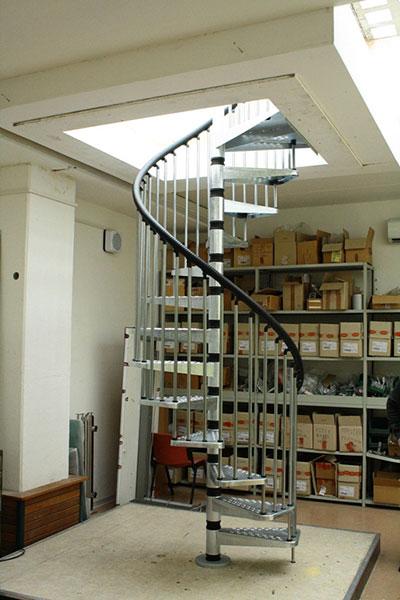 escalier exterieur métal