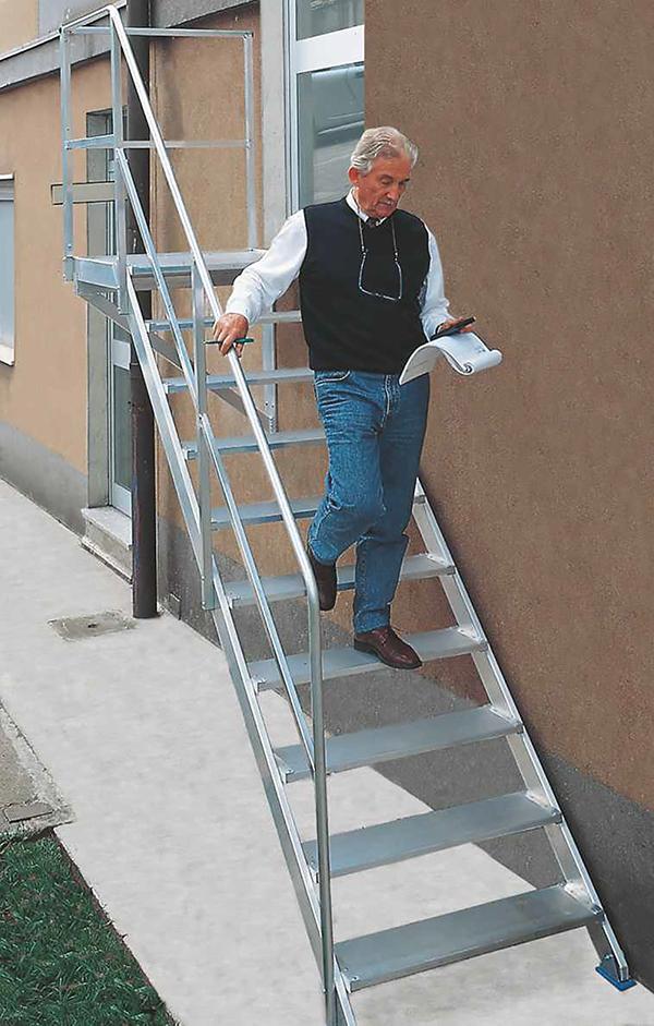 escalier fixe 45 degres marche 600mm