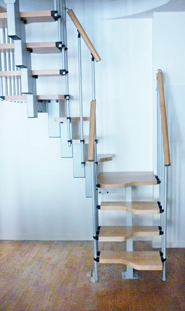 escalier gain place 2 quart tournant