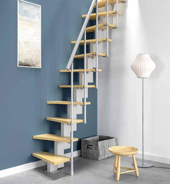 Escalier gain de place pas japonais configuration en i for Changer escalier de place