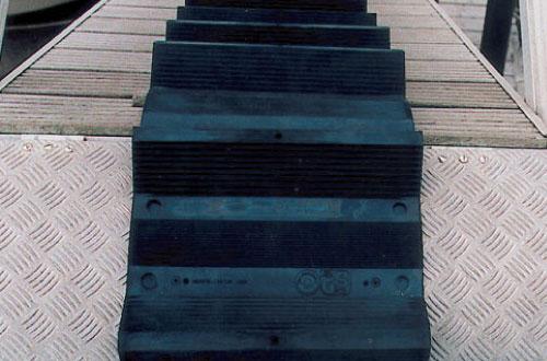 escalier de toit souple