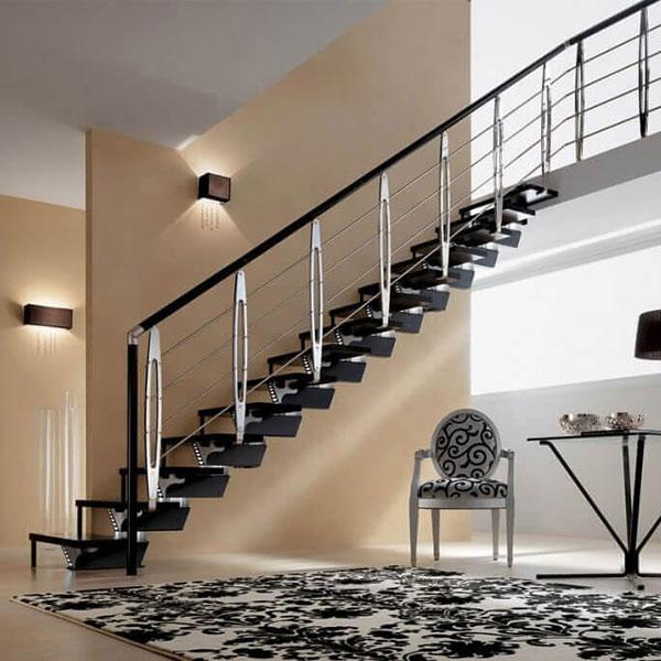 escalier sur mesure noir