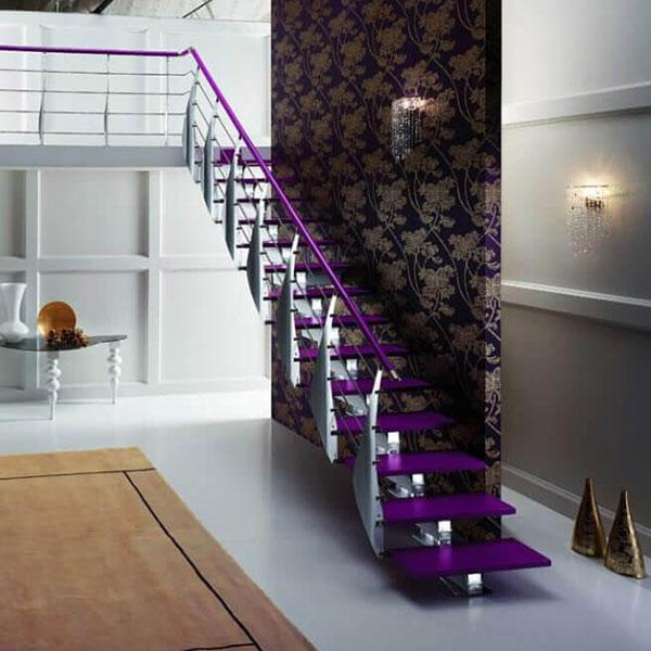 escalier sur mesure violet