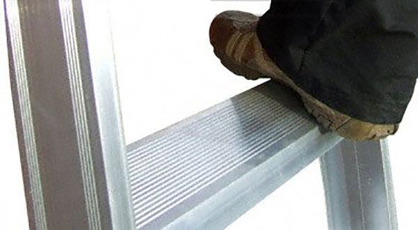 marche escalier 9900