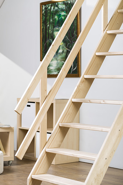 escalier de meunier en bois de sapin massif de largeur 65cm. Black Bedroom Furniture Sets. Home Design Ideas