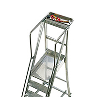 plateforme de l'escalier roulant