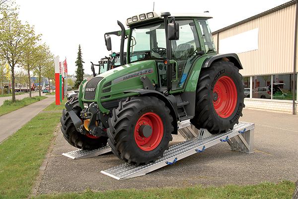 traktor laderampe