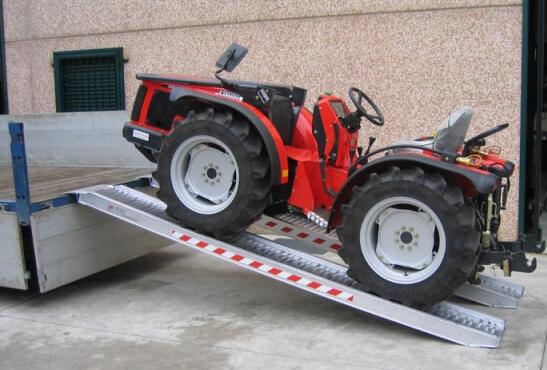 traktor rampe m115