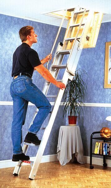 Dachbodenleiter Stufen