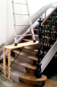 Leiter auf Stufenausgleich