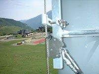 Ligne de vie verticale pour les cheminements