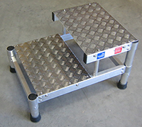 marchepied aluminium