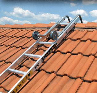 acces toit maison