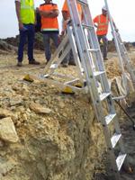 Plateforme d'accès fond de fosse en cours d'utilisation