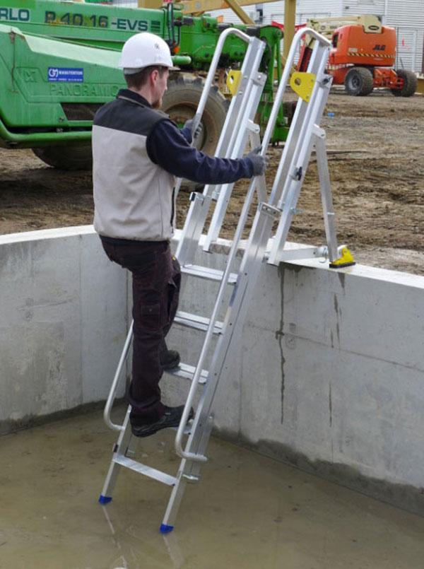 plattformleiter zugang grabentiefe lift