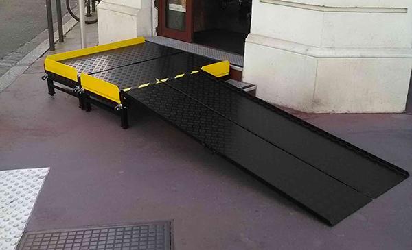 rampa pieghevole per disabili