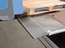 Rampe de quai en aluminium