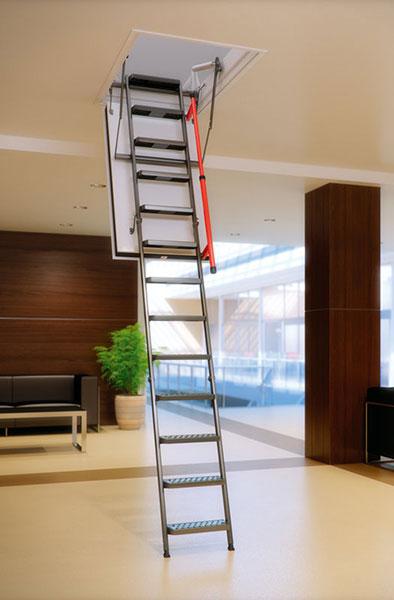 scala retrattile LMF attico