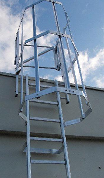 Aluminium Steigleiter mit Rückenschutz