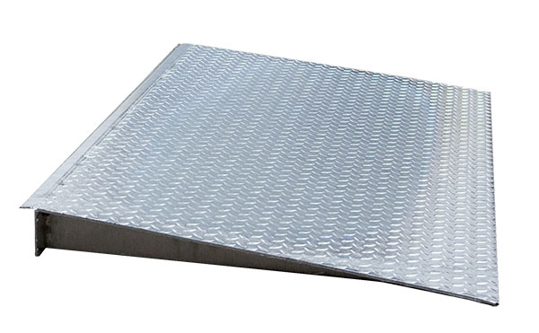 Rampe acces acier galvanise